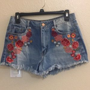 Forever 21 High rise floral embroidered shorts